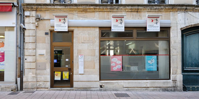 Patricom 2 : Crédit Coopératif, acquisition local Franck Provost, à Dreux