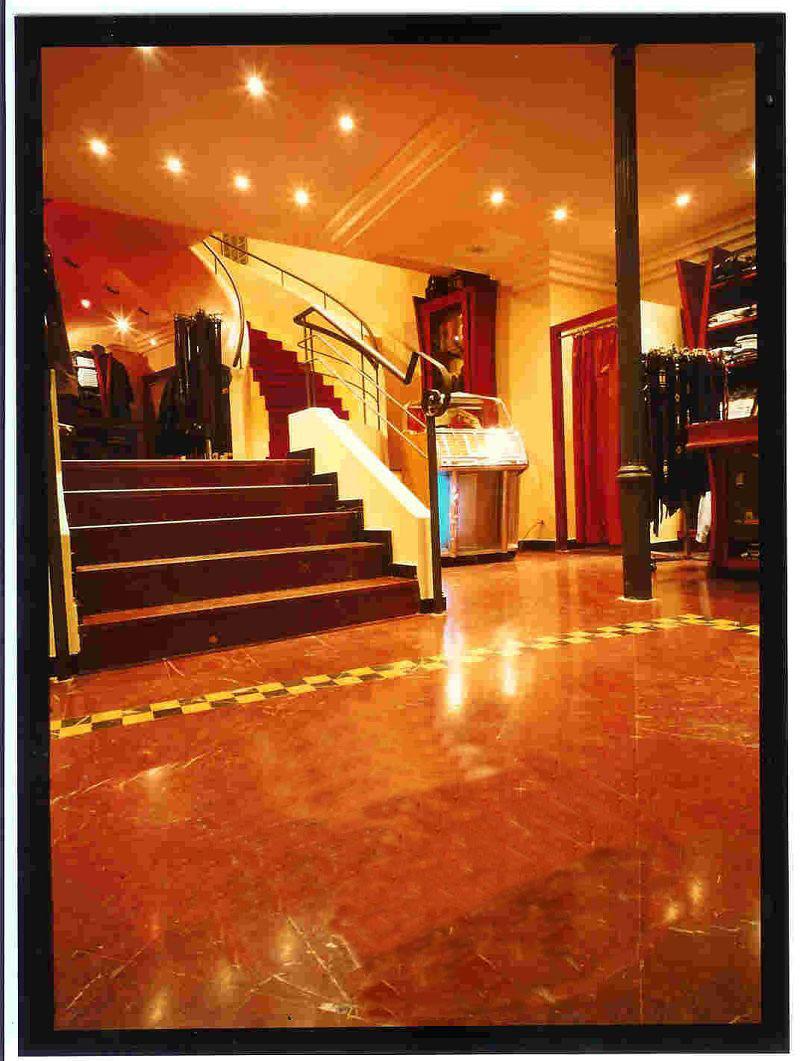 coysevox la r f rence en murs commerciaux. Black Bedroom Furniture Sets. Home Design Ideas